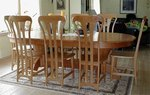 Kirsebær bord med åtte stoler